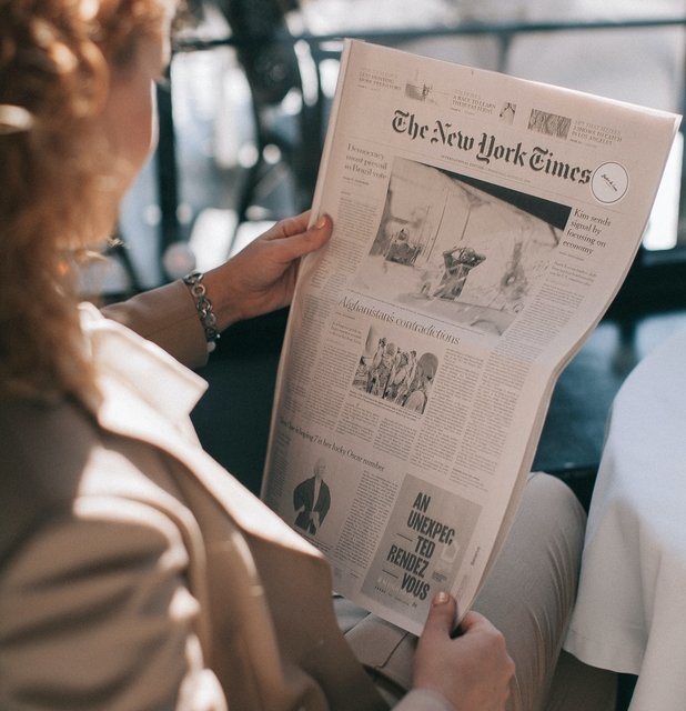 4 reasons why high-quality print marketing is better than online
